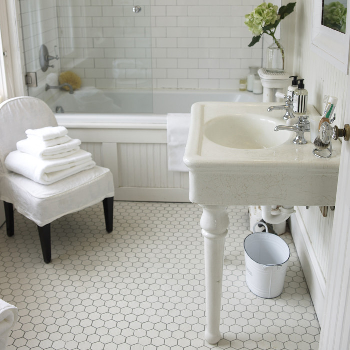 CMSPage_The Bathroom_IMAGE_01