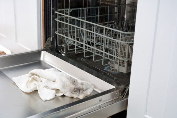 CMSPage_How-To | Deep Clean the Dishwasher_ONE_SIZE_IMAGE_01