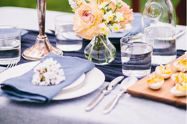 CMSPage_How-To | Style a Spring Tablescape_ONE_SIZE_IMAGE_01