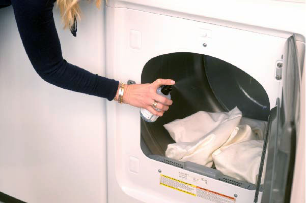 CMSPage_How-To | 10 Ways to Make Laundry Day a Family Affair_ONE_SIZE_IMAGE_01