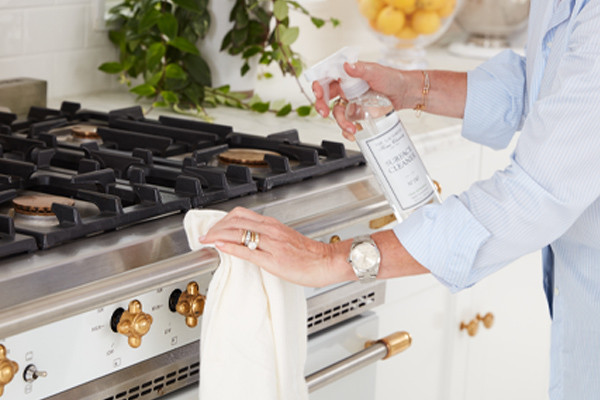 how to clean the stove