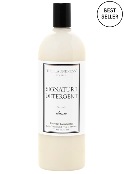 signature detergent thirty two fluid ounces