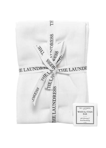lint free cleaning cloth and wash and stain bar